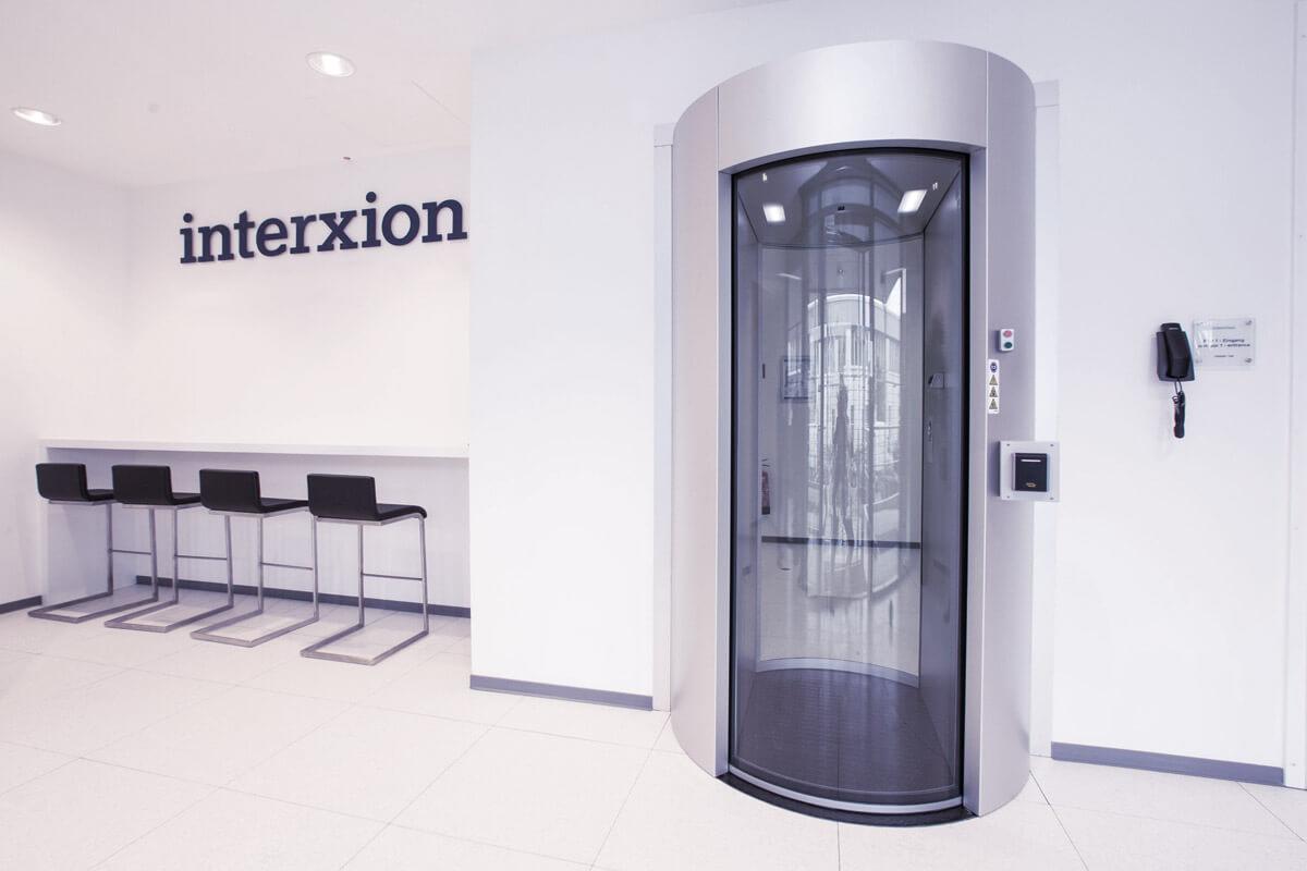 Bild vom Eingang der Interxion